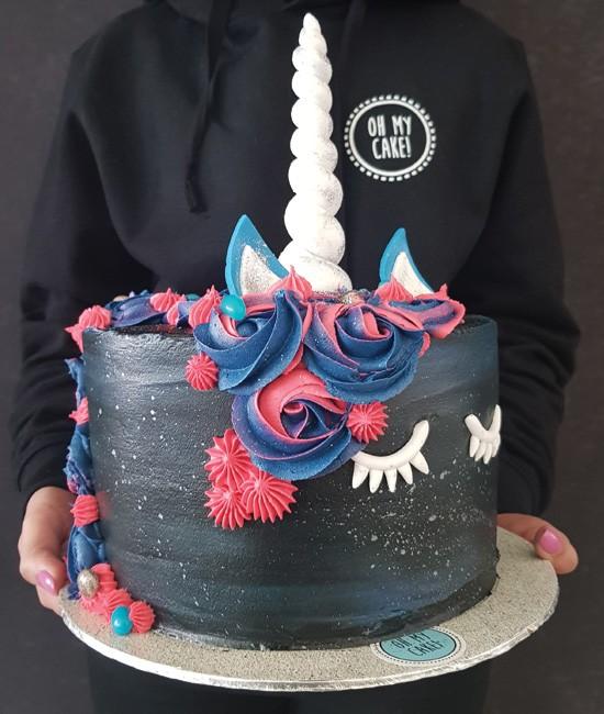 Midnight unicorn cake