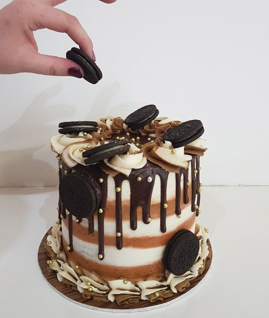For the love of Oreos cake