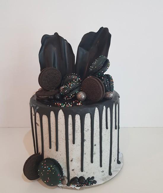 Oreo flourish cake