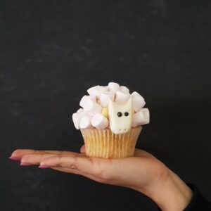 Wool you be mine? cupcake in pink