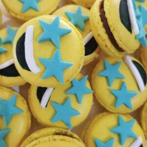 Starstruck emoji macaron