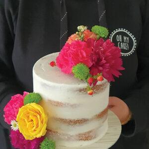Fresh & fancy floral cake