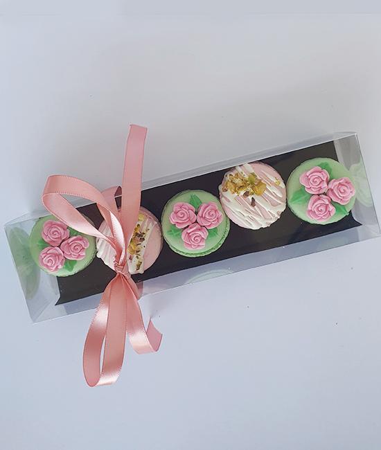 Pistachio & rose macaron box of 5