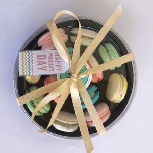 Mother's Day assorted box of 12 macarons