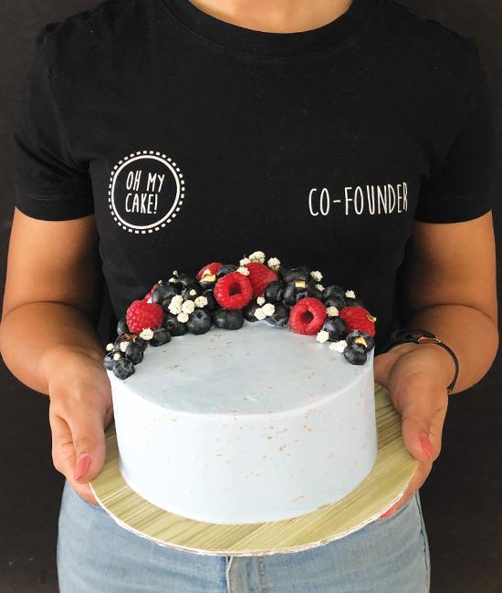 Berry crescent cake
