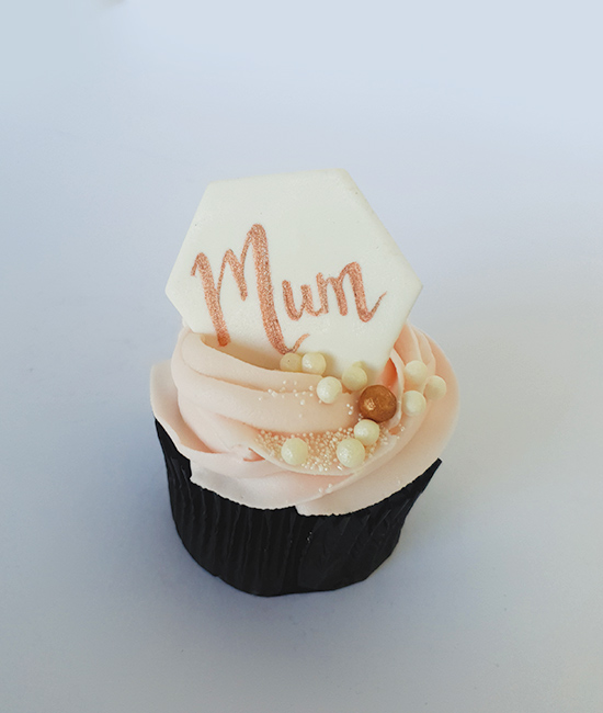 Peronalised Mother's Day cupcake