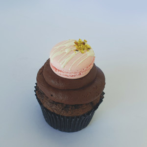 Chocolate Mother's Day cupcake